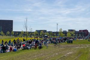Kleedjesmarkt Cascadepark - 2016-05-05-1