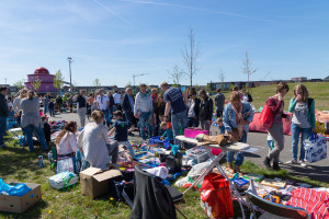 Kleedjesmarkt Cascadepark - 2016-05-05-2