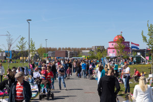 Kleedjesmarkt Cascadepark - 2016-05-05-7