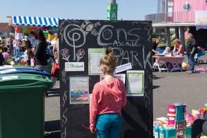 Kleedjesmarkt Cascadepark - 2016-05-05-9